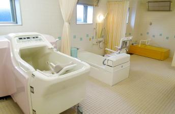 診通所リハビリテーション丘の上 浴室
